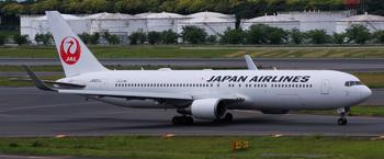JAL_B767-300ER_621J_0016.jpg